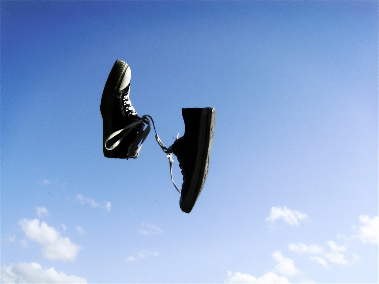 Czy warto kupować sneakersy?